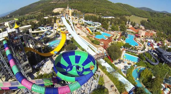 Aqua fantasy water park