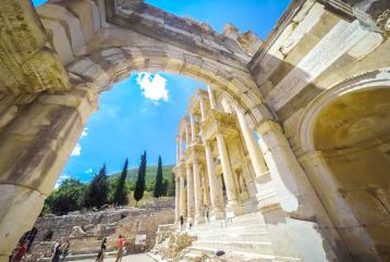 EPHESUS AND SIRINCE VILLAGE PRIVATE TOUR