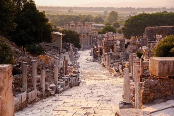 Efes Şirince Özel Tur